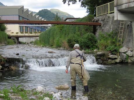 Urban fishing Slovenia - Stuart Minnikin